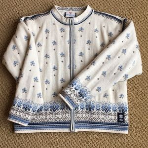 Woman's Dale of Norway Sweater Size M